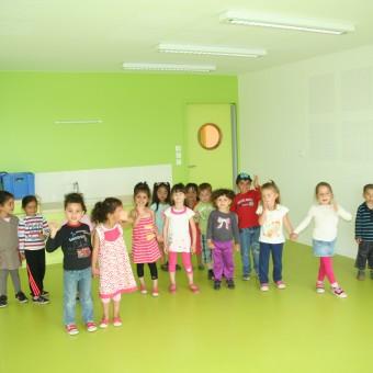 Mairie de Torcy - Les enfants visitent leur nouvelle école