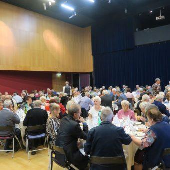 Ville de Torcy 71 - Le repas des anciens