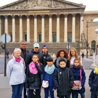 Ville de Torcy 71 - Les jeunes citoyens à la découverte de l'Assemblée Nationale !